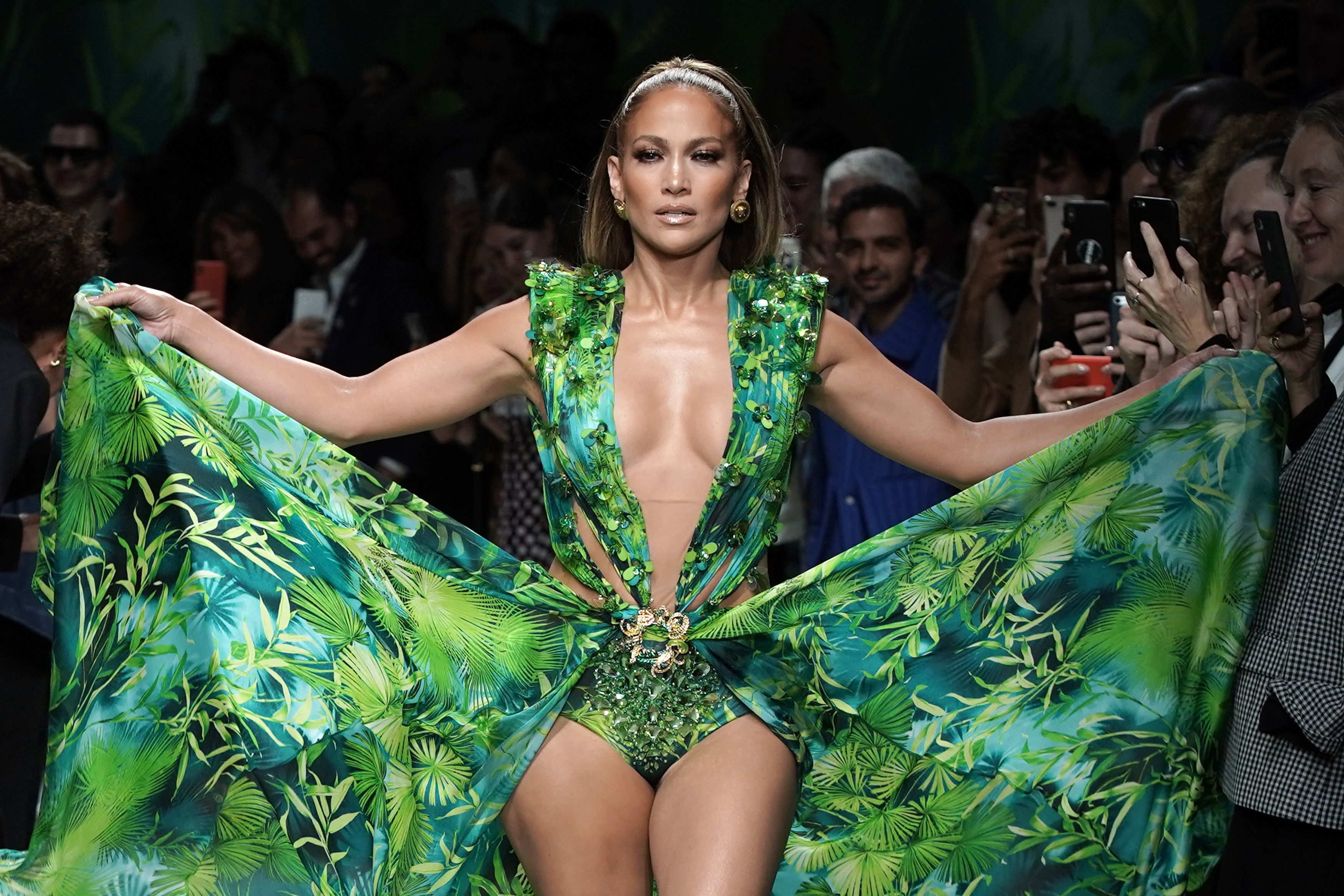 Alex Rodriguez Gushes Over Jennifer Lopez's Versace Moment