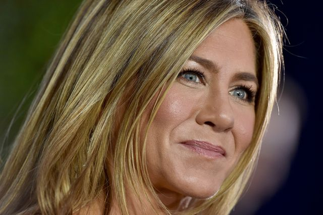 los angeles, california   january 19 jennifer aniston attends the 26th annual screen actors guild awards at the shrine auditorium on january 19, 2020 in los angeles, california photo by axellebauer griffinfilmmagic