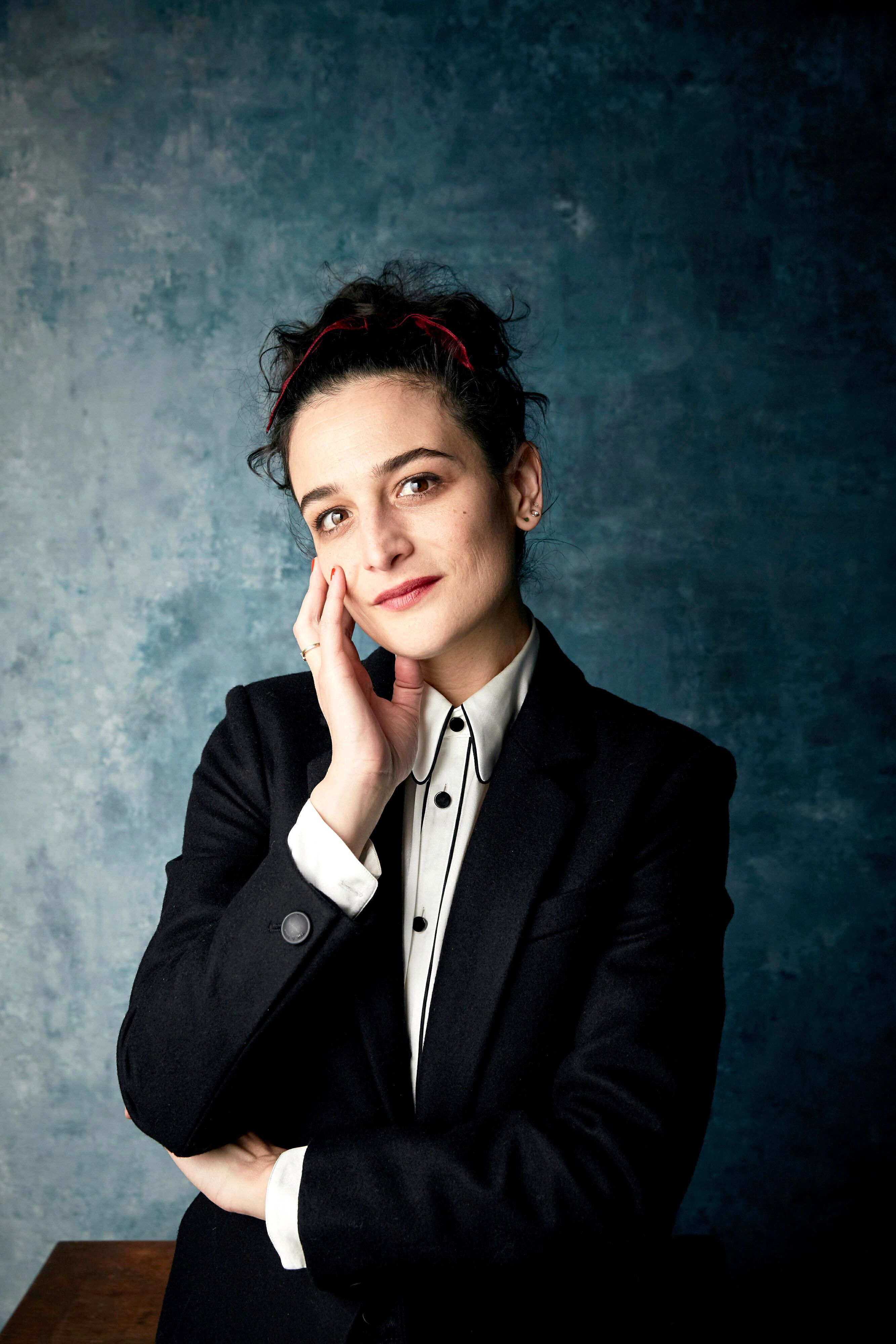 Jenny Slate Is in Love and It Shows