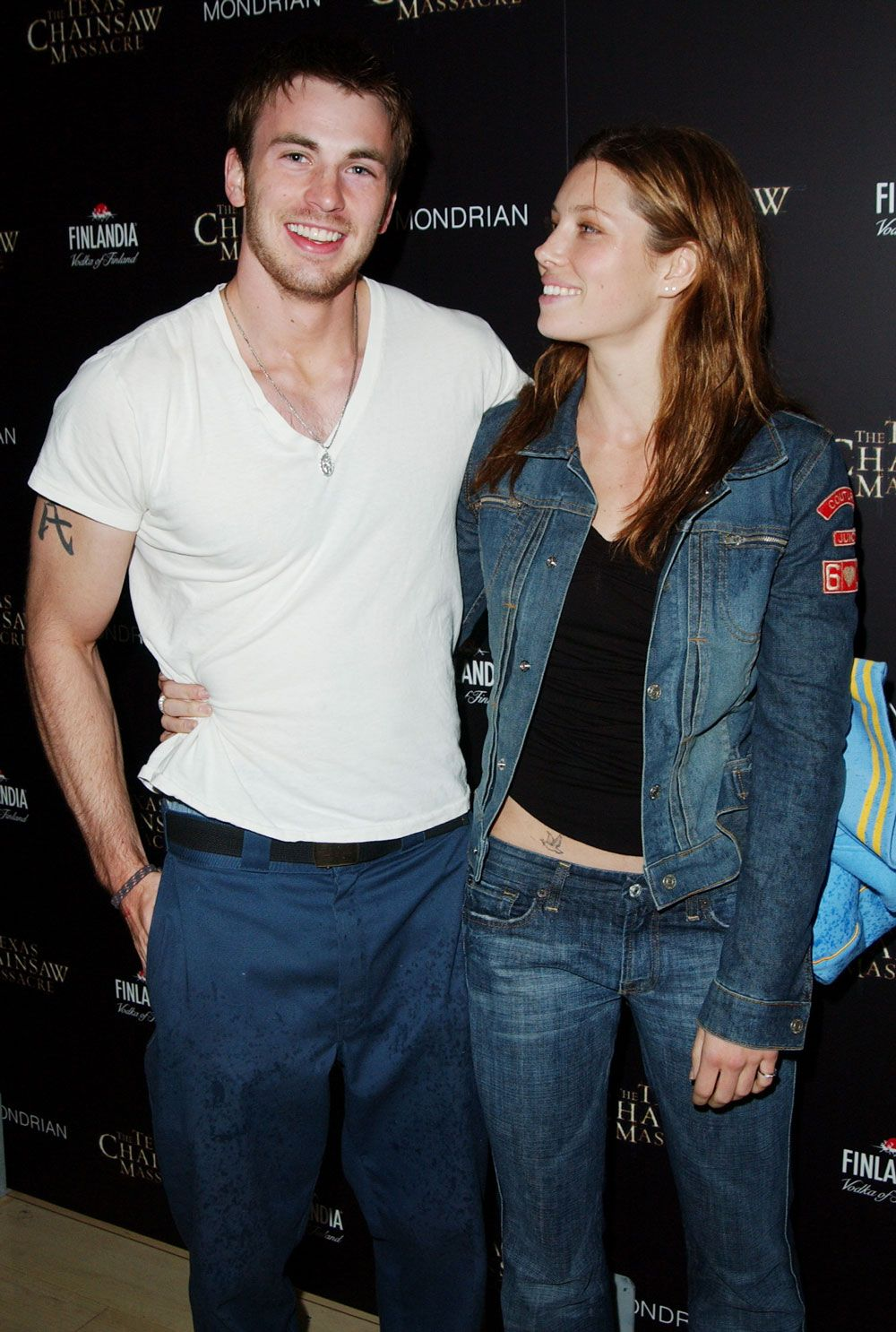 Is jessica biel and chris evans still dating