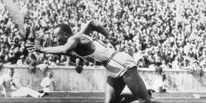 Jesse Owens en vídeo de La Liga contra la discriminación