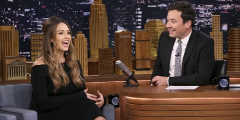 Pregnant Jessica Alba on The Tonight Show with Jimmy Fallon