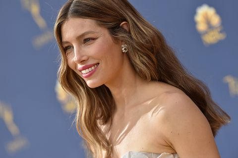 Jessica Biel's Squat Workout Shows Off How Insanely Strong She Is