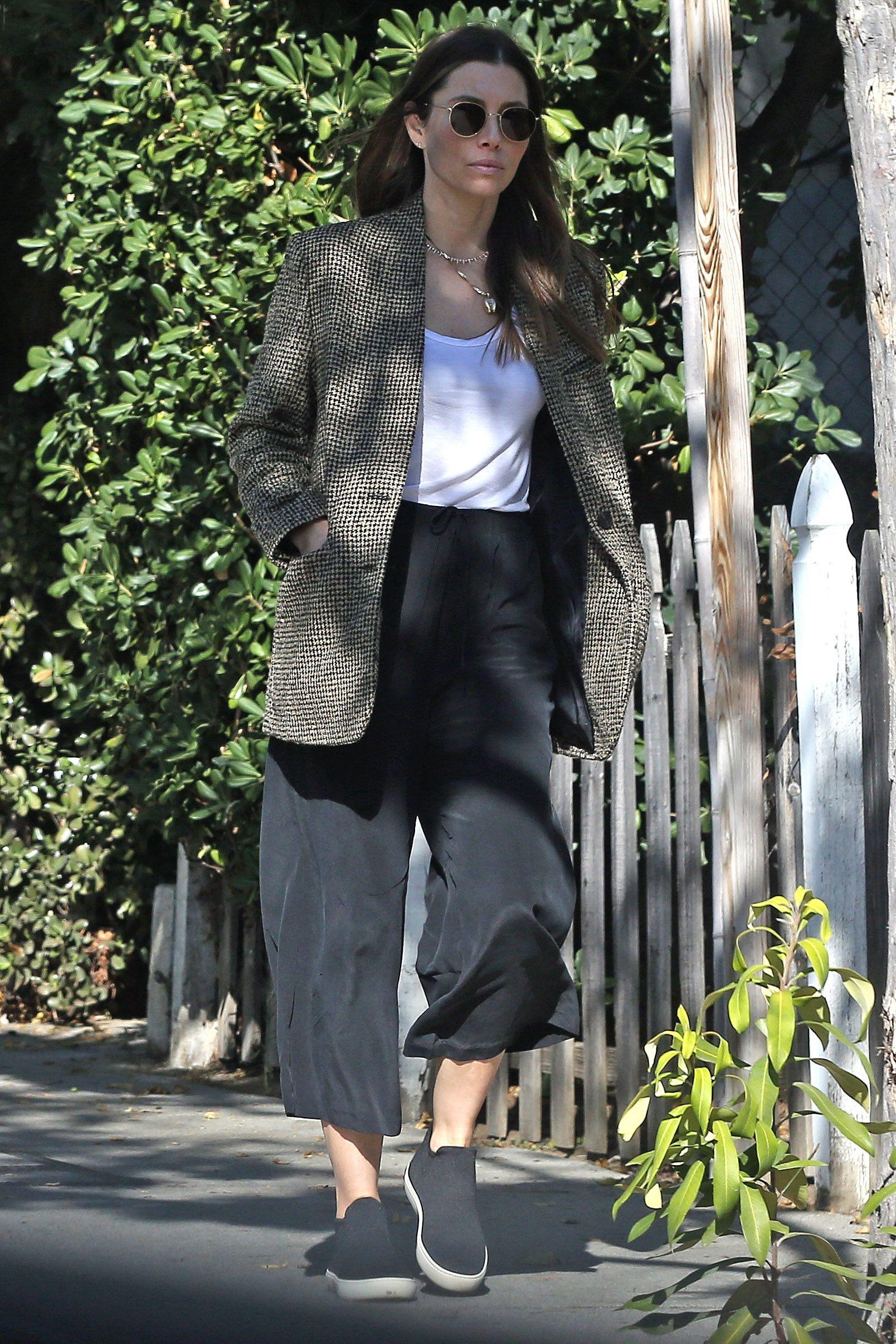 Giacca Moda Inverno 2020: il modello in tweed di Jessica