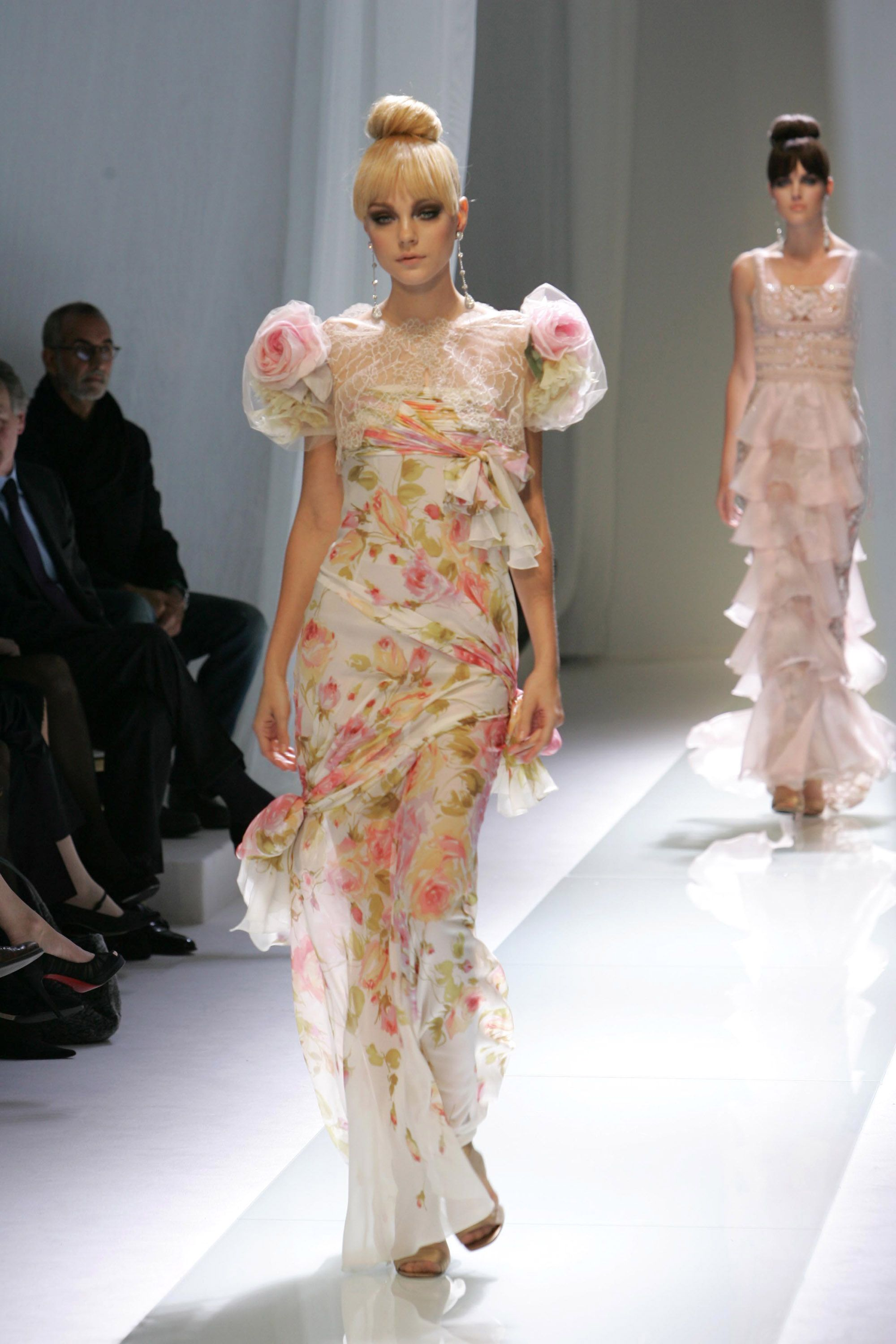 """Jessica Stam Landing in good company with Gemma Ward and Lily Donaldson, Jessica Stam was part of the new crop of models called """"doll face."""" The Canadian native was discovered at a Tim Hortons and later won the Los Angeles Model Look contest in 2002."""