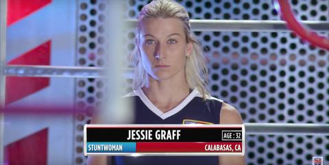 0bd2bb6be8 Superwoman Jessie Graff Just Broke Another American Ninja Warrior Record