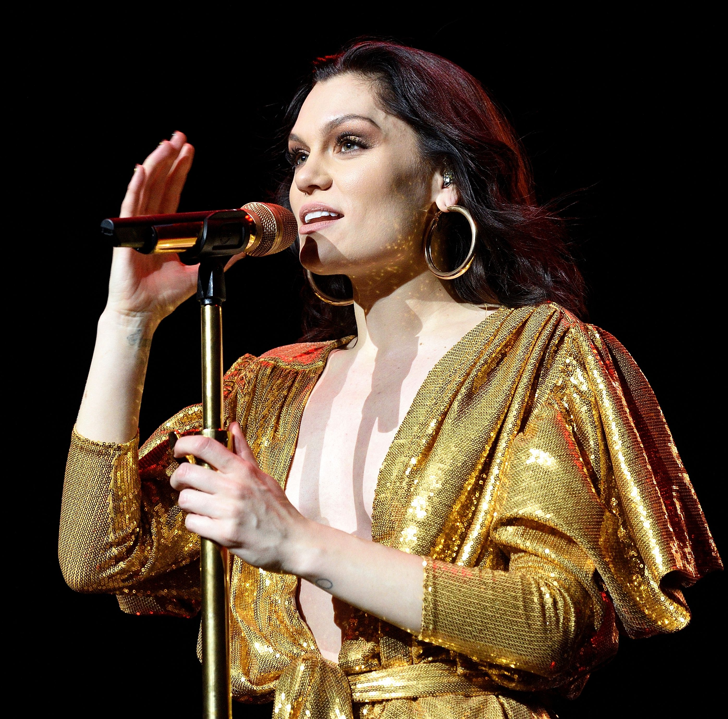 Jessie J Reveals She Can't Have Children