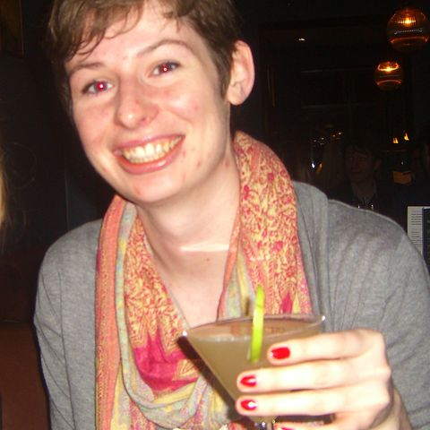 Jessie Van Amburg drinking cocktails in Oxford, England in 2012