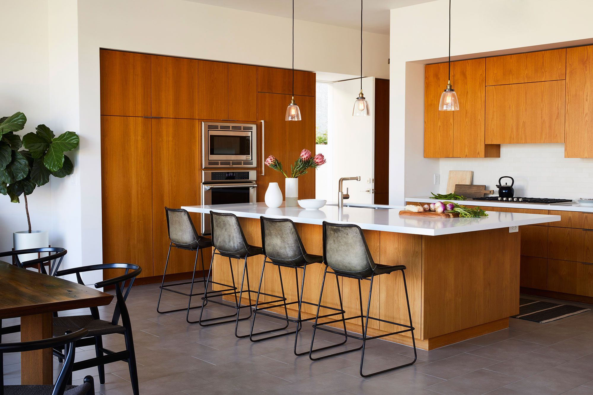 10 Modern Cabinet Ideas Thatu0027ll Freshen Up Your Kitchen & 10 Best Modern Kitchen Cabinet Ideas - Chic Modern Cabinet Design