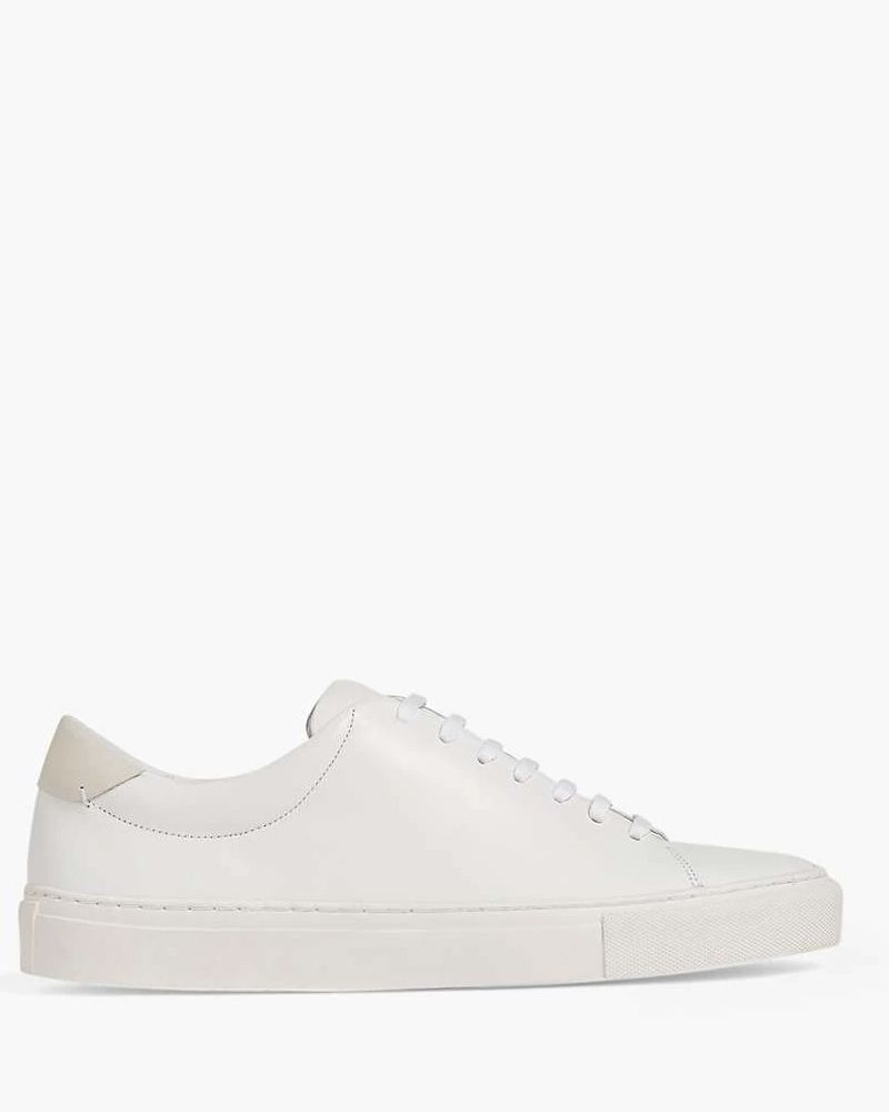 Kate Middleton in Marks \u0026 Spencer trainers