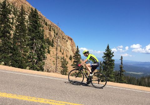 5 Ways Jill Patterson Crushed Pikes Peak 14,000-Feet QOM While Training at Sea Level