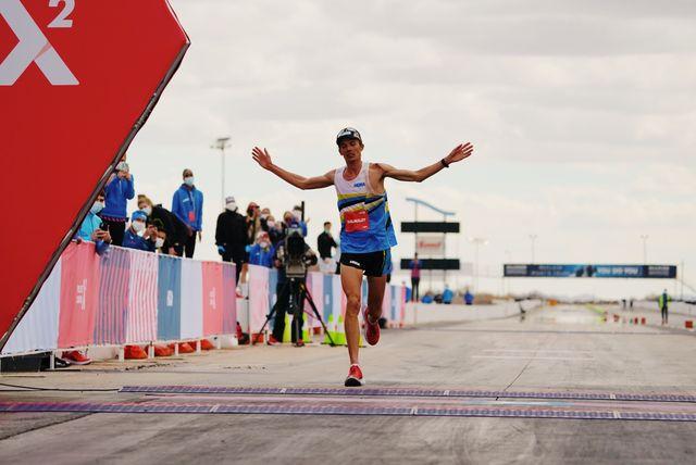 jim walmsley is nu recordhouder op de 100 km in amerika