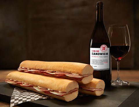 Food, Cuisine, Dish, Ingredient, Drink, Wine glass, Finger food, Bratwurst, Sandwich, Wine,