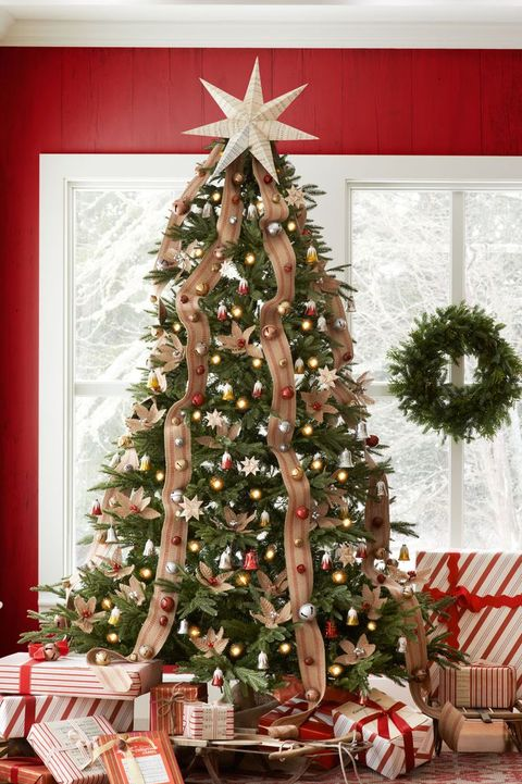 jingle bell tree - Different Ways To Decorate A Christmas Tree