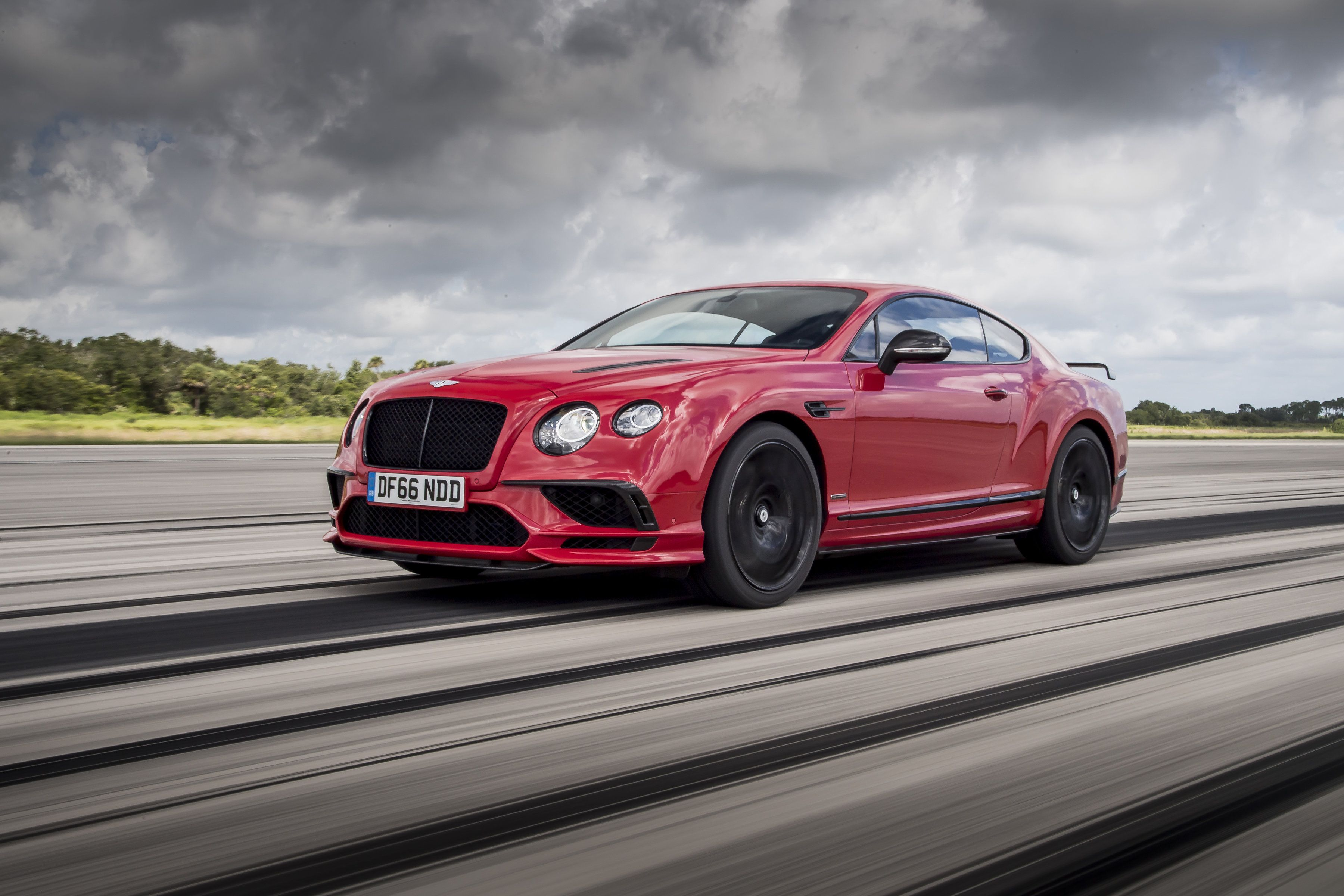 motor limited geneva kember links gtc announced the tony in at production was airmatic supersports of car lowering unveiled continental show february convertible gt bentley