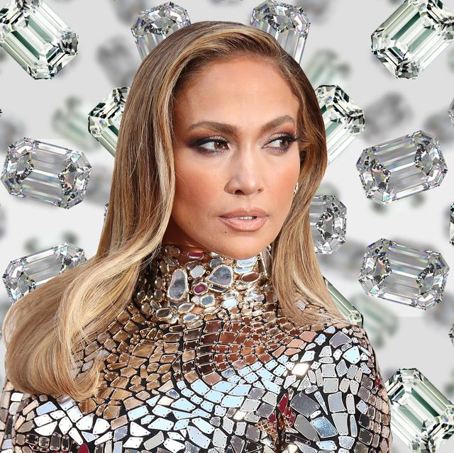 232289583ddc1 See Jennifer Lopez's 5 Engagement Ring Comparison - All of J.Lo's ...