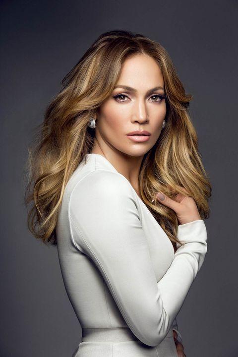 Hair, Face, Fashion model, Blond, Beauty, Hairstyle, Long hair, Model, Photo shoot, Eyebrow,