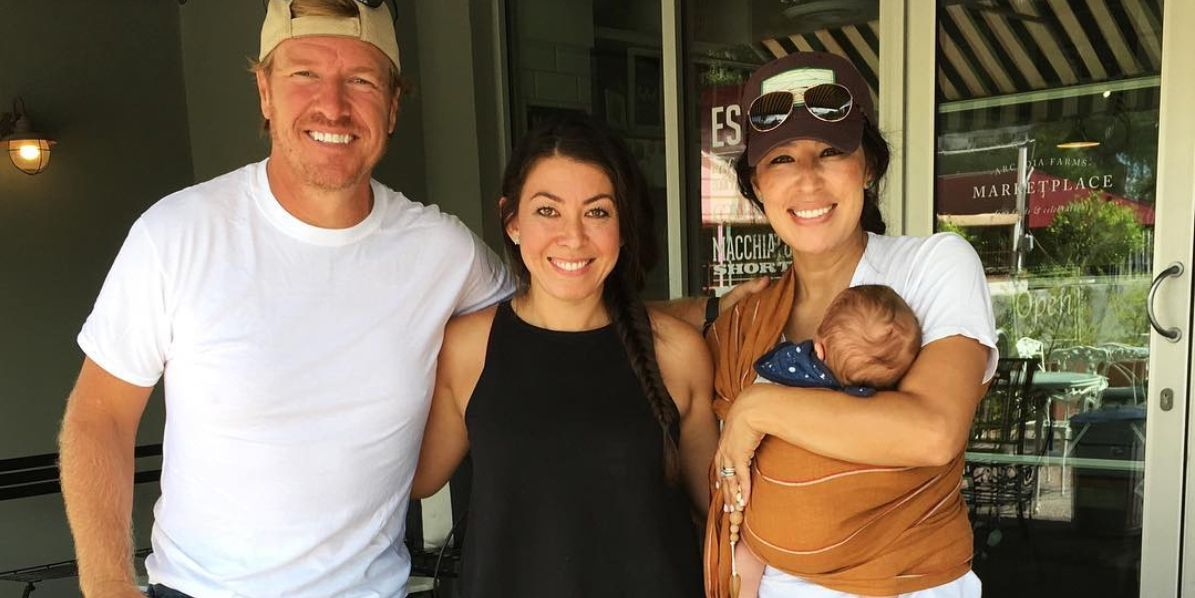 Joanna Gaines Wore The Cutest Baby Accessory On Vacation