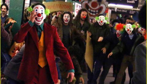 Clown, Event, Fictional character, Costume, Supervillain, Fun, Masque, Mask, Crowd,