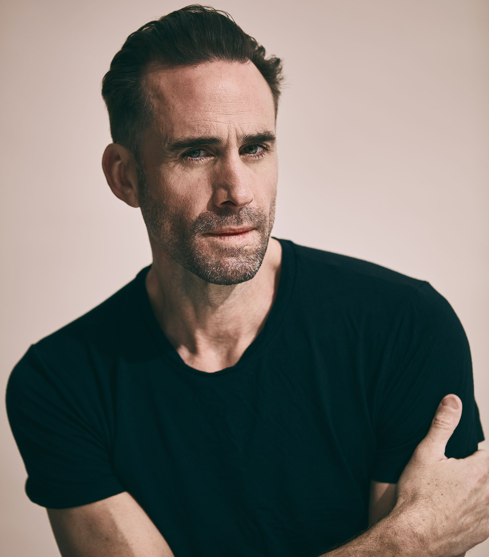 Joseph Fiennes On the Moment Every Handmaid's Tale Fan Has Been Waiting For—Including Him