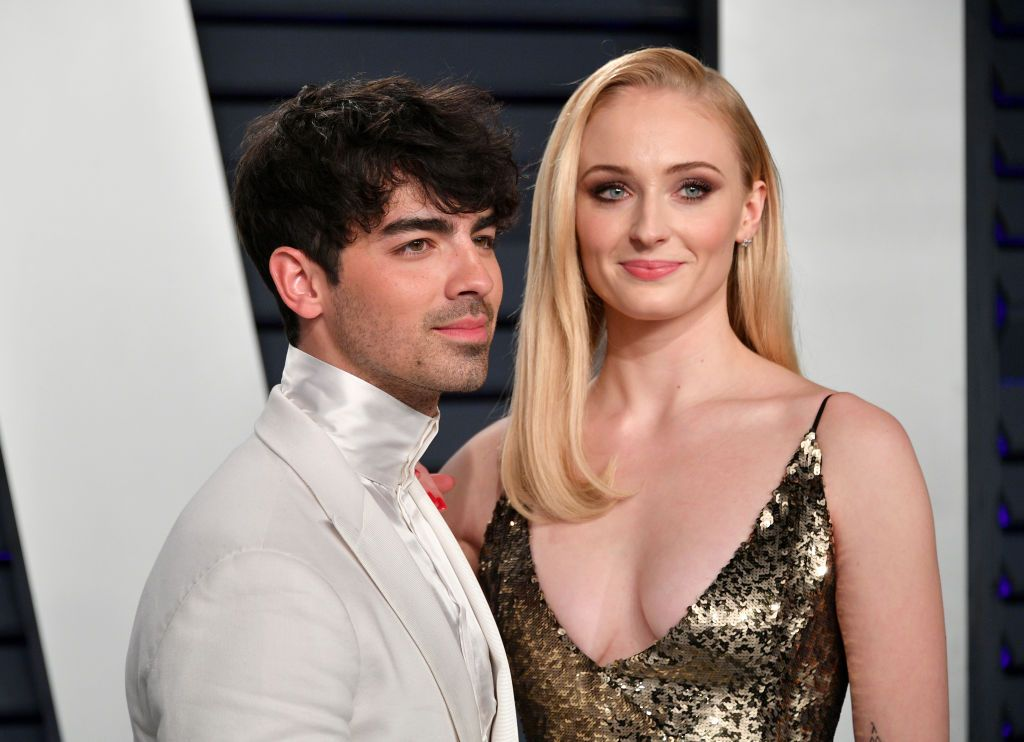 How Did Joe Jonas And Sophie Turner Meet Here S The Full Story