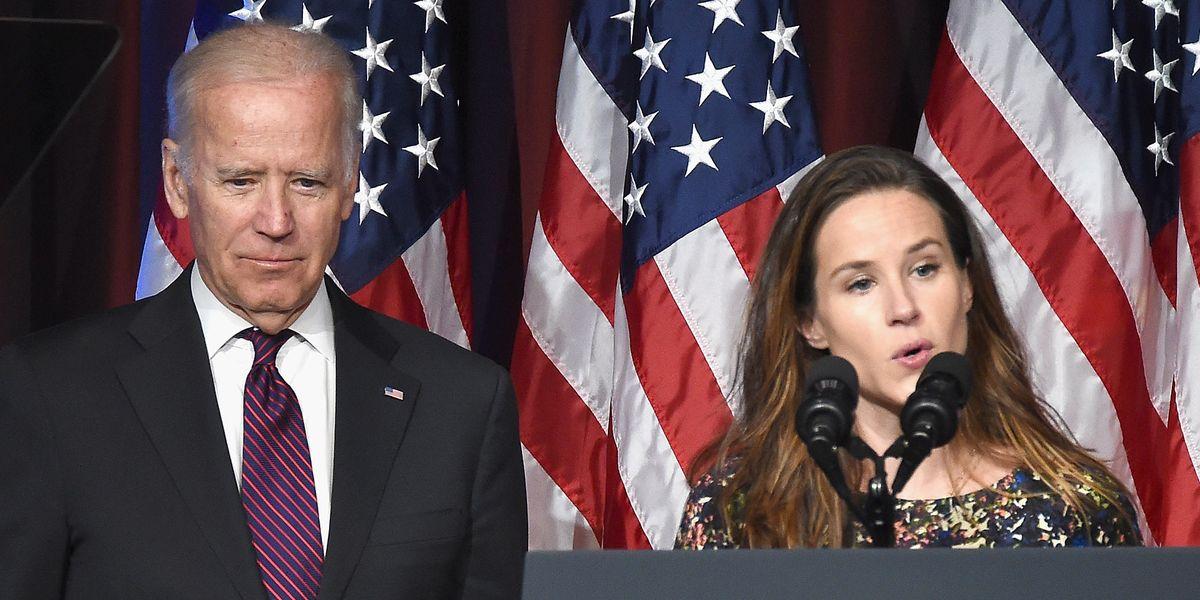 Who Is Ashley Biden Joe Biden S Youngest Daughter