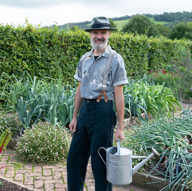 your garden made perfect   tx na   episode your garden made perfect   presenter generics no presenter generics   picture shows strictly embargoed not for publication before 0001 hrs on tuesday 26th january 2021 joel bird   c remarkable tv   photographer gary moyes