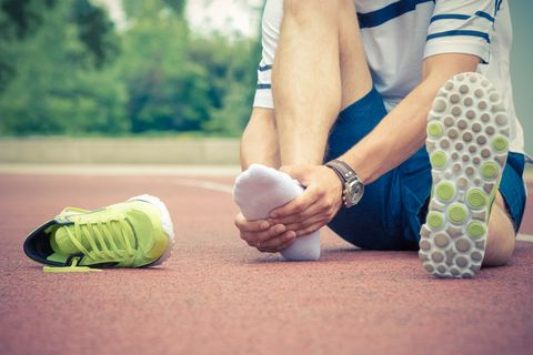 Stress Fracture in Foot | Stress Fracture Symptoms and Treatment