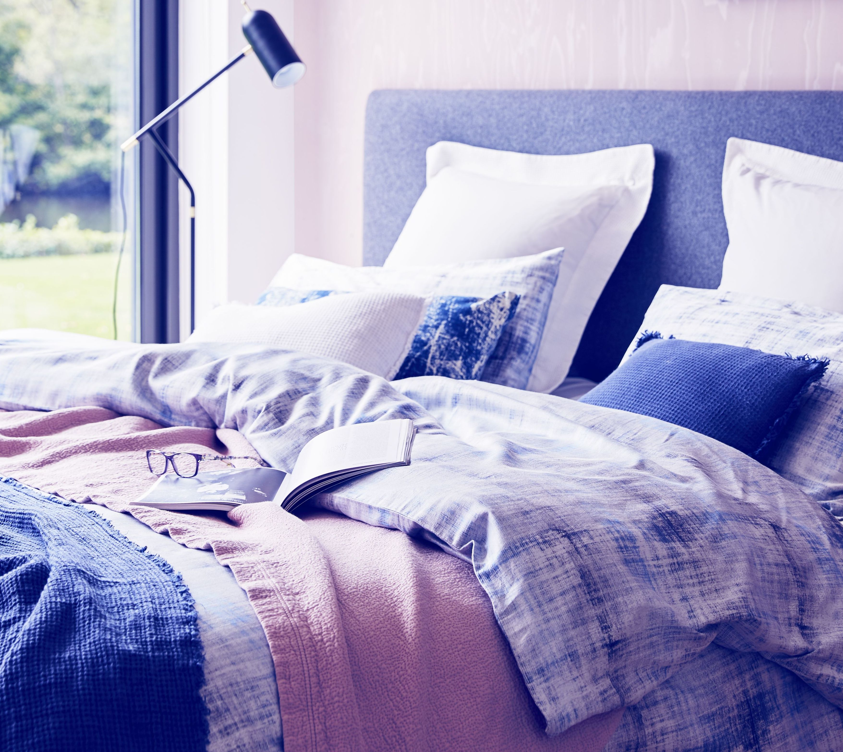 Why you should choose linen bedding all year round