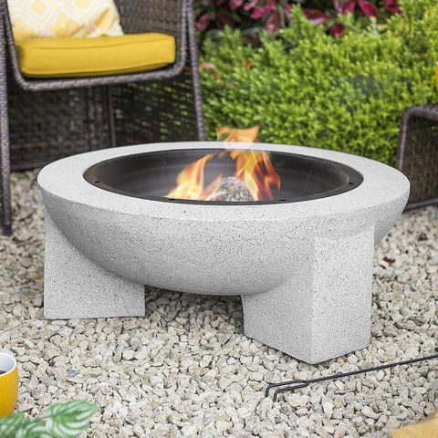 13 Outdoor Fire Pits To Light Up Your Garden