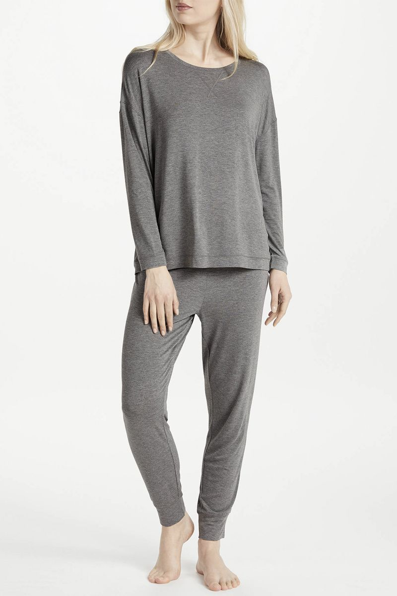 f4a34f4eef8 Best loungewear - Stylish loungewear to relax in at home