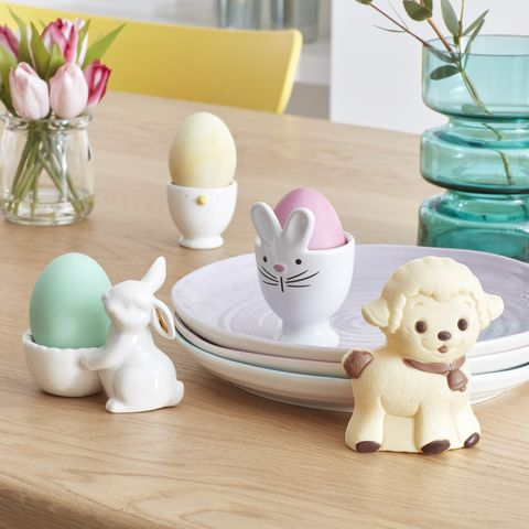 Hosting the perfect easter without all the stress easter party ideas porcelain bunny egg cup and pink tulips in glass jar john lewis easter table negle Gallery