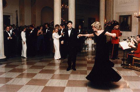princess diana dancing with john travolta