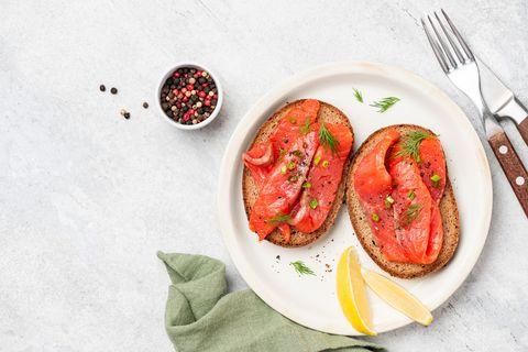 Smoked salmon on rye bread toast