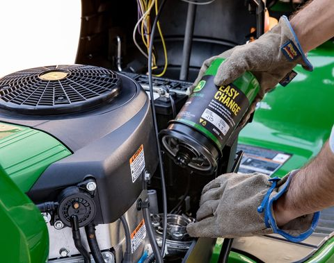 John Deere's 30-Second Oil Change Turns This Task Into a One
