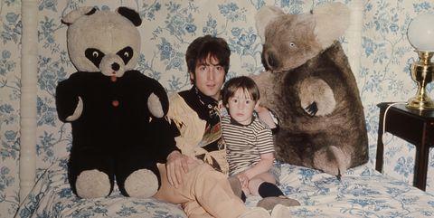 Teddy bear, Room, Toy, Child, Fur, Stuffed toy, Wallpaper, Toddler, Illustration, Art,