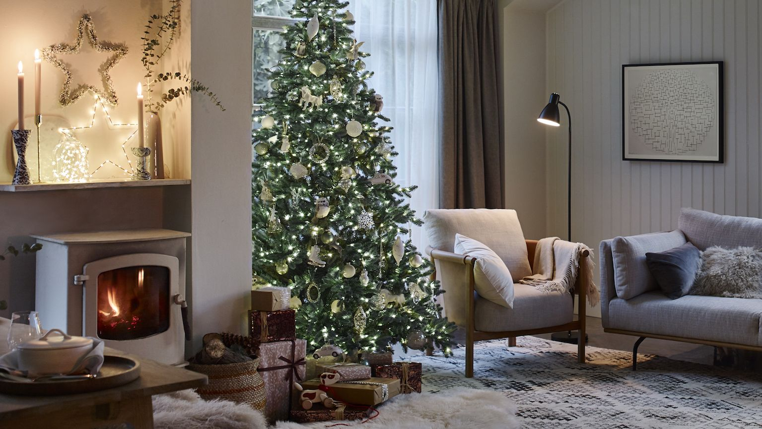 9 ways the UK's Christmas decorating trends have changed in the past decade