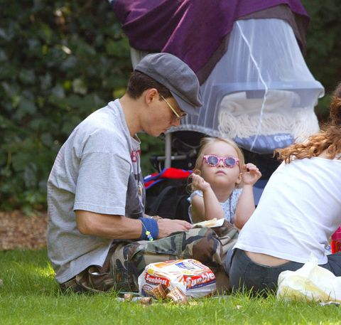 Johnny Depp & Wife Vanessa Paradis Take Their Two Children For A Picnic