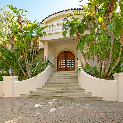 John Stamos Calabasas home Malibu Canyon listing