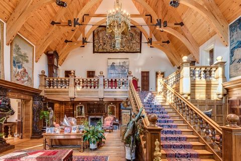 Building, Property, Interior design, Room, Estate, Architecture, Stairs, Ceiling, Chapel, Lobby,