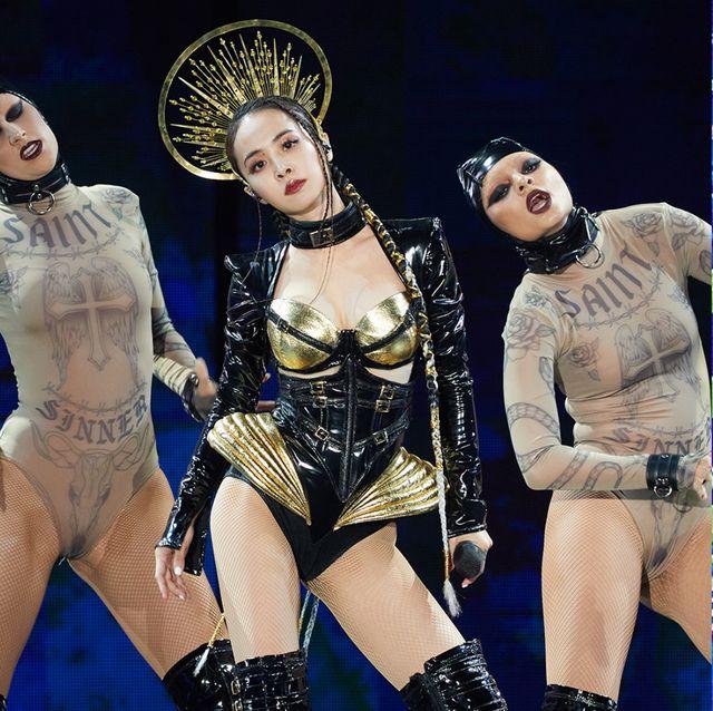 蔡依林高雄「ugly beauty演唱會」造型盤點!jolin「怪美的」13套造型帶你重回演唱會現場