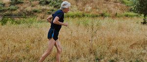 Jon Sutherland, 50 años, corriendo