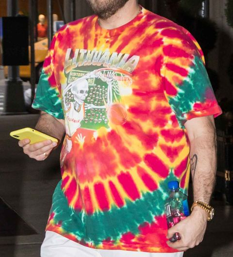Jonah Hill S Dunking Skeleton Tie Dye Tee Has One Hell Of A Backstory