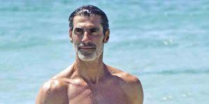 Jorge Fernández pasa unos días en Ibiza con su hijo