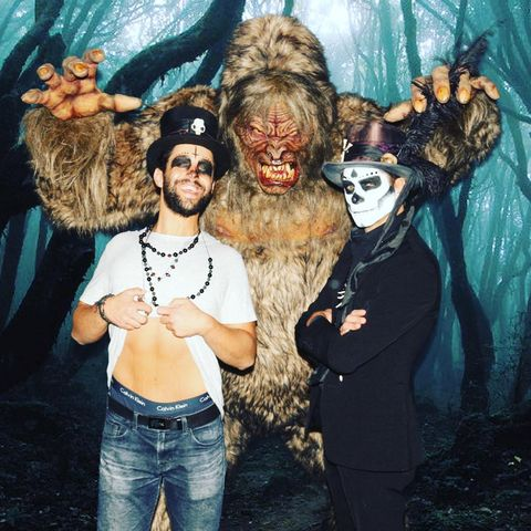 122 Best Celebrity Halloween Costumes Celeb Costume Ideas 2020