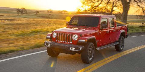 Land vehicle, Vehicle, Car, Automotive tire, Regularity rally, Jeep, Natural environment, Tire, Jeep wrangler, Off-road vehicle,