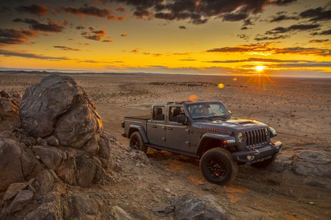 Automotive tire, Tire, Off-roading, Vehicle, Car, Jeep, Off-road vehicle, Natural environment, Automotive design, Sky,