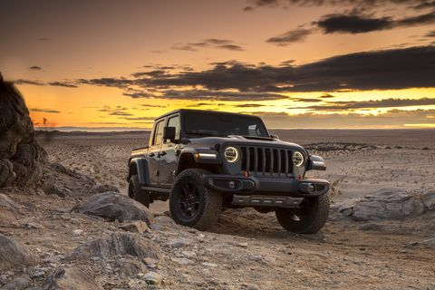 Jeep Gladiator Mojave debuts at Chicago