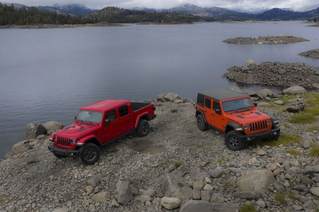 2021 jeep® gladiator rubicon left and 2021 jeep® wrangler rubicon right