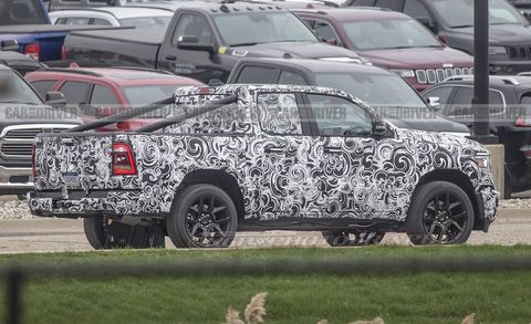 Jeep Grand Wagoneer >> Jeep Wagoneer And Grand Wagoneer Suvs Spied Testing Independent Rear